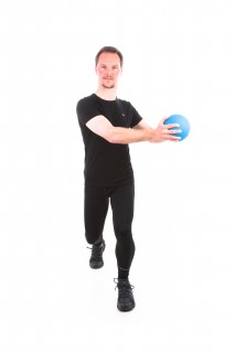 med ball rotation lunge